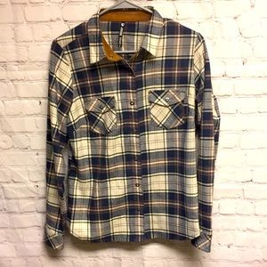 Kuhl Snap button blouse flannel
